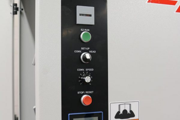 Centralized control panel to allow operator to easily control the machine